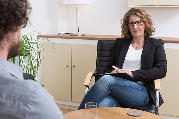 Gespräch mit Klienten Susanne Volkert